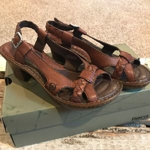 Born ENGA Platform Sandal, Size 7